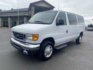 2006 Ford E-Series Wagon E-350 SD XLT