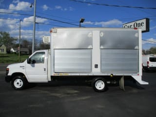 2013 Ford E-150 E 450 SD 2dr Commercial/Cutaway/Chassis 158 176 in. WB