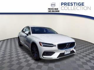 2021 Volvo S60 T6 Momentum