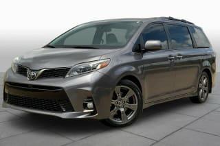 2018 Toyota Sienna SE Premium 8-Passenger