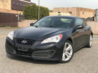 2011 Hyundai Genesis Coupe 2.0T Premium
