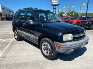 2002 Chevrolet Tracker Base
