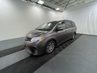 2019 Toyota Sienna XLE 8-Passenger