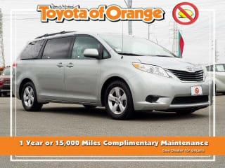 2012 Toyota Sienna LE 8-Passenger