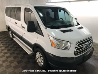 2017 Ford Transit Passenger 150 XL
