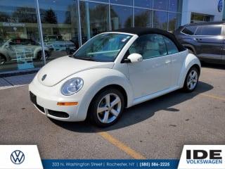 2007 Volkswagen New Beetle Triple White PZEV