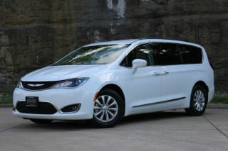 2017 Chrysler Pacifica Touring Plus