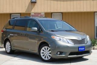 2011 Toyota Sienna XLE 7-Passenger