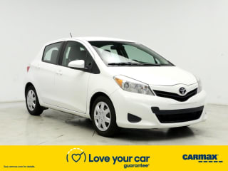 2014 Toyota Yaris 5-Door LE