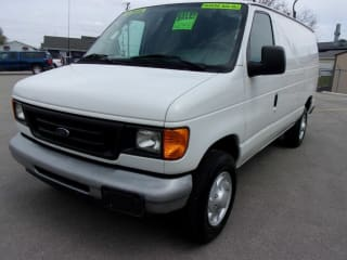 2006 Ford E-Series Cargo E-350 SD