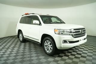 2016 Toyota Land Cruiser Base