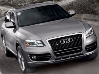 2011 Audi Q5 3.2 quattro Premium Plus