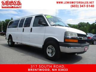 2009 Chevrolet Express Passenger LS 3500