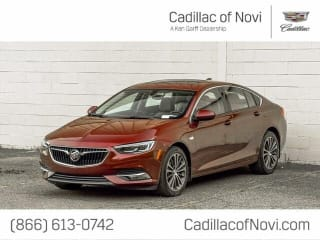 2018 Buick Regal Sportback Essence