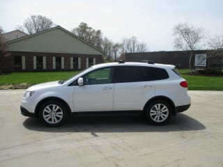 2009 Subaru Tribeca 7-Pass.