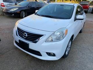 2013 Nissan Versa 1.6 SL