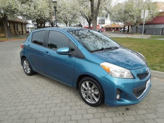 2014 Toyota Yaris 5-Door L