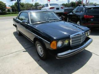 1983 Mercedes-Benz 300-Class 300 CD