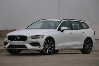 2021 Volvo V60 T5 Momentum