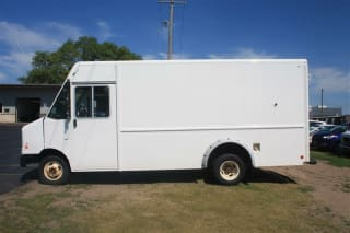 2013 Ford E-150 E 350 SD Commercial/Cutaway/Chassis 138 176 in. WB