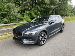 2021 Volvo V60 Cross Country T5