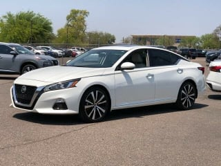 2020 Nissan Altima 2.5 Platinum