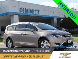 2018 Chrysler Pacifica Hybrid Touring L