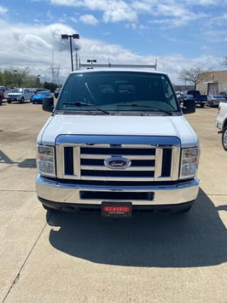 2008 Ford E-Series Wagon E-350 SD XL
