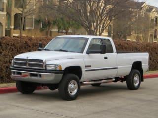 2001 Dodge Ram Pickup 2500 SLT