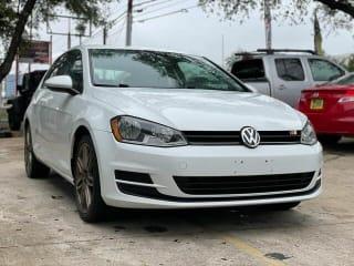 2015 Volkswagen Golf 1.8T Launch Edition PZEV