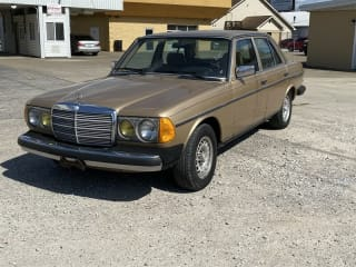 1983 Mercedes-Benz 300-Class
