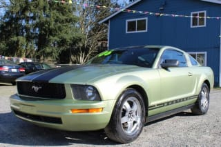 2006 Ford Mustang V6 Deluxe