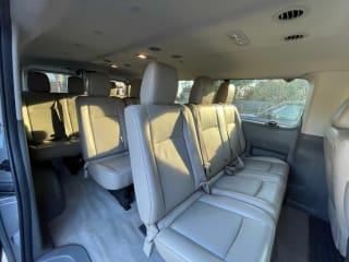 2014 Nissan NV Passenger 3500 HD SL