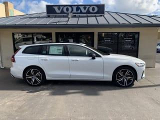 2021 Volvo V60 T5 R-Design