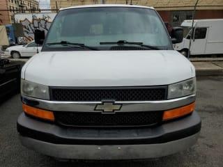 2013 Chevrolet Express Passenger LT 2500