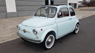 1968 FIAT 500 NUOVA / SOFT-TOP / LUGGAGE RACK / RESTORED, LIKE NEW
