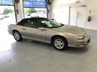 2000 Chevrolet Camaro Base
