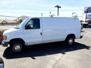 2003 Ford E-Series Cargo E-350 SD