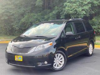 2012 Toyota Sienna XLE 7-Passenger
