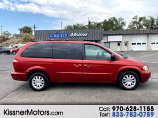 2003 Chrysler Town and Country EX