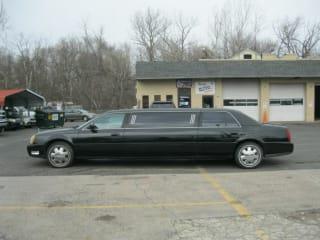 2003 Cadillac DeVille 4dr Sdn Limousine