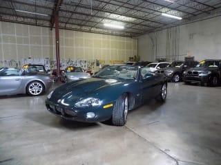 2002 Jaguar XKR Base