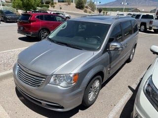 2016 Chrysler Town and Country Limited