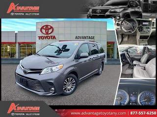 2018 Toyota Sienna XLE 8-Passenger