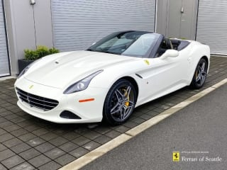 2017 Ferrari California T Base
