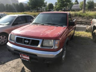 2000 Nissan Frontier XE